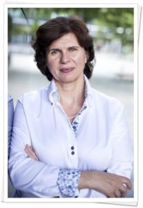 anna-cywinska-coach-lbin-image-small-frame